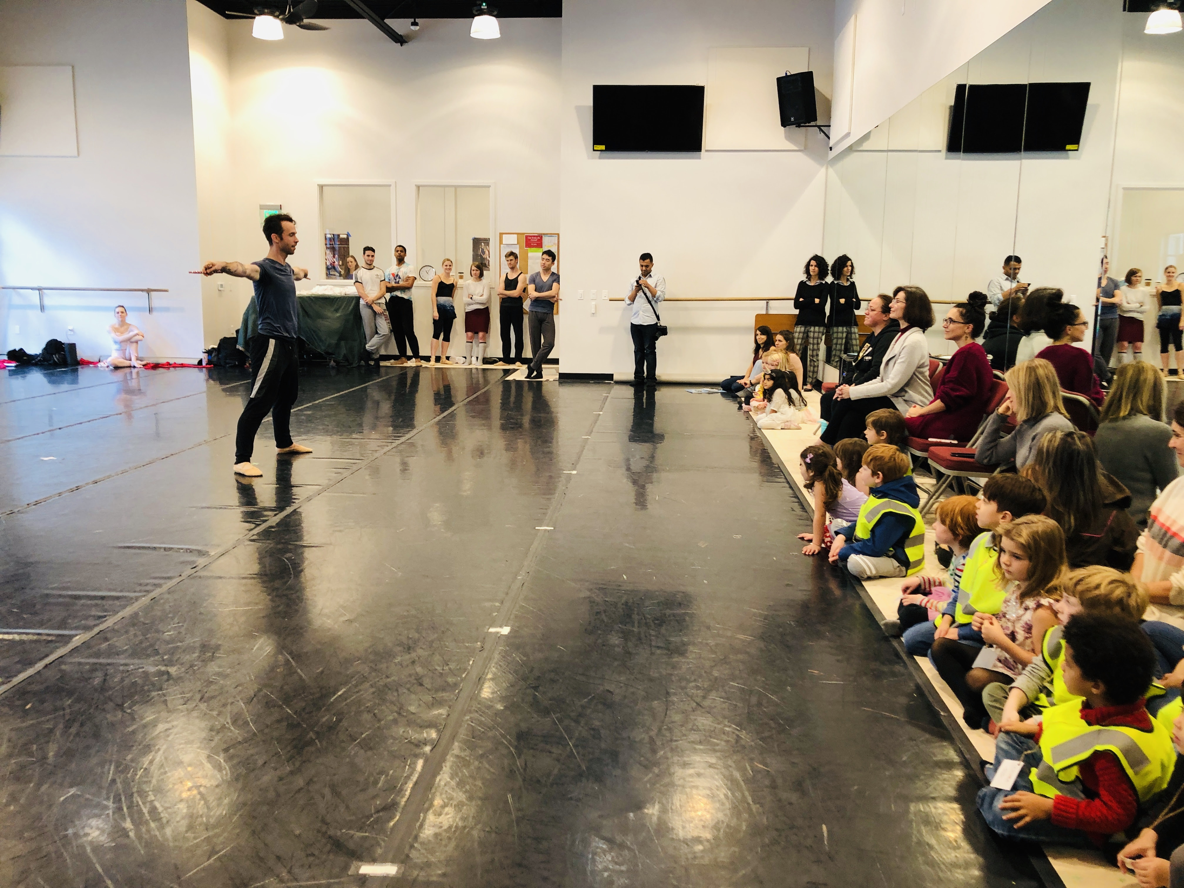 Students learn ballet from Smuin Ballet Company